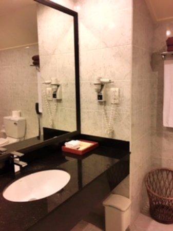 Superior Beach Bungalow Bathroom Picture Of Paradise
