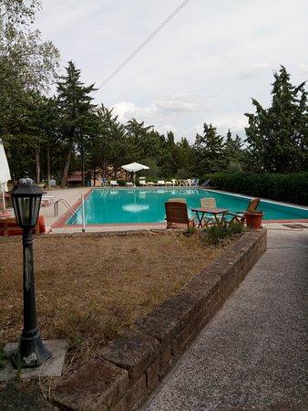Castel San Gimignano, Italy: piscina