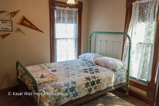 Dixon, Илинойс: President Reagan's bedroom as a child