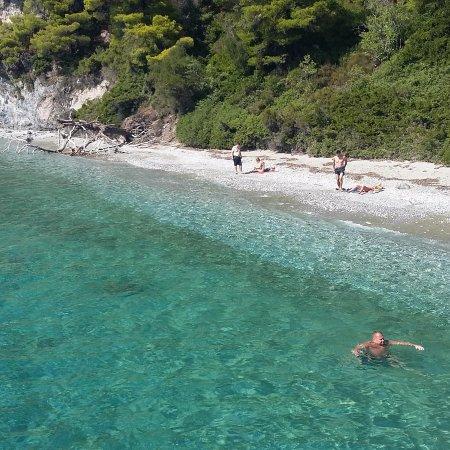 """Villa Nina Megali Ammos: I Skopelos fra """"Mamma mia"""" båtturen."""