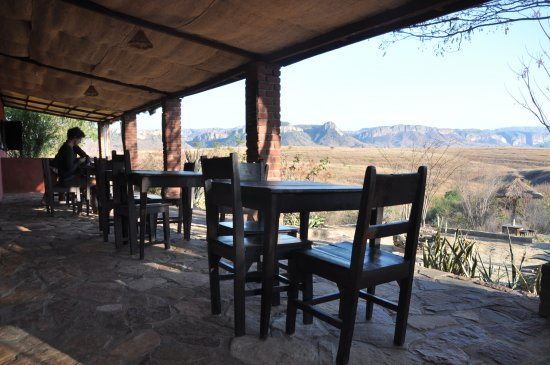 Ranohira, Madagaskar: The porch of the restaurant with the view of the canyon