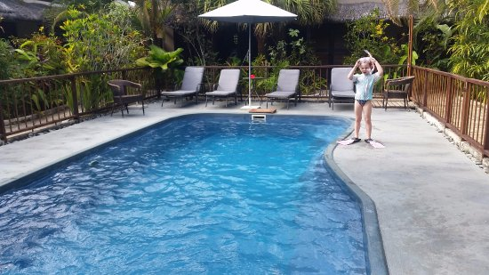 Village de Santo Resort: The pool is small, but enjoyable