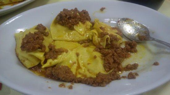 Vernio, Italia: Tortelli al sugo di cinghiale
