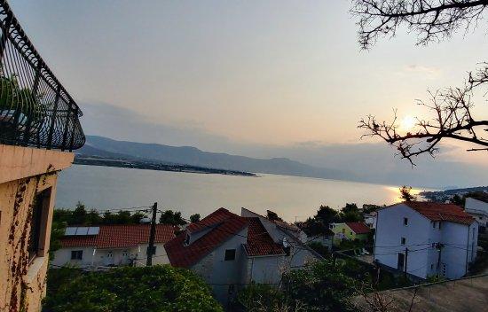 Ciovo Island, Croacia: 20170820_071734_HDR_large.jpg