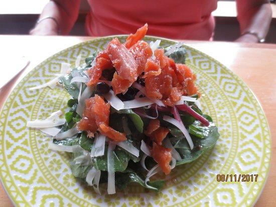 Celilo Restaurant & Bar: arugula salad