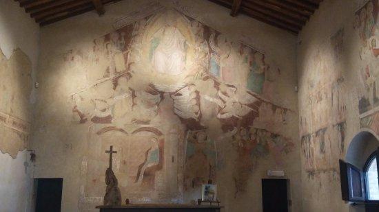 Terranuova Bracciolini, Italy: Giudizio Universale ed Annunciazione