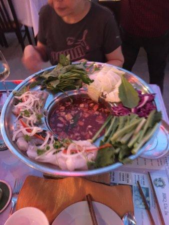 Lanterns Vietnamese Restaurant: photo1.jpg