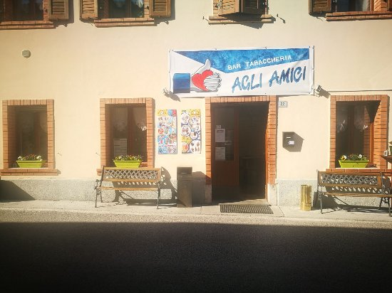 Chiusaforte, Italy: Bar agli amici