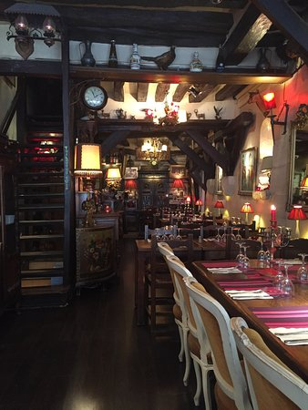 Le Marmiton De Lutece Amazing Restaurant Near The Notre Dame Cathedral Where You Experience