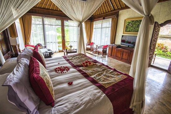 Pita Maha Resort and Spa Photo