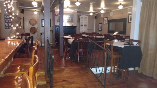Wardensville, WV: The dining area