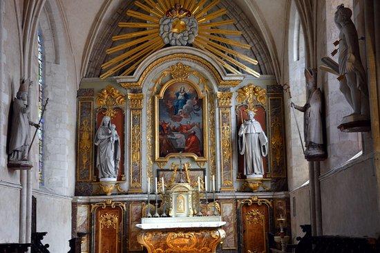 Int rieur de l 39 glise picture of sainte mere eglise for Interieur eglise