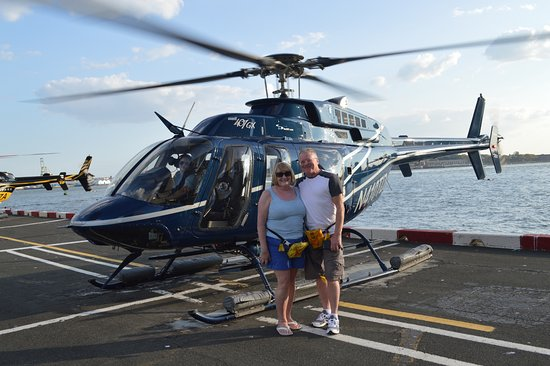 Helicopter Flight Services - Helicopter Tours: Helicopter Flight Services New York Pier 6