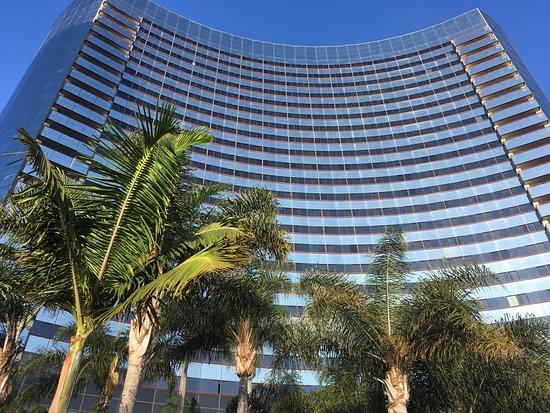 Marriott Marquis San Diego Marina Photo