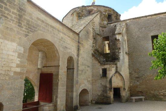 Chateauneuf, Francia: Tour sud-ouest XIVè