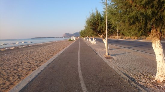 running route from holiday village rhodes goes along afandou beach