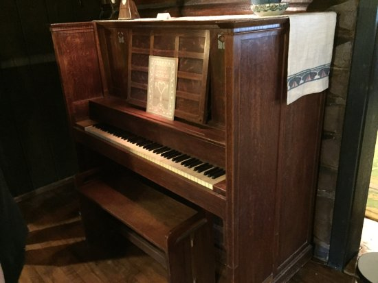 Morris Plains, NJ: The Stickley Museum at Craftsman Farms