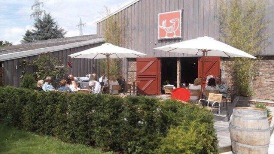 Seevetal, Alemania: Terrasse vor der Scheune