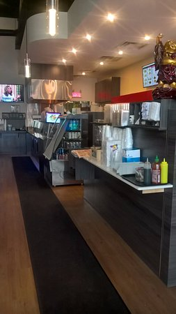 Blainville, Kanada: The interior of Thai N Sushi