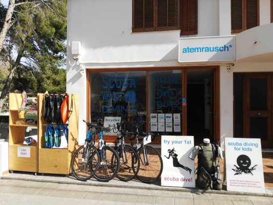 Cala Sant Vicenc, Spanien: scuba diving for beginners, beach diving, snorkeling tours and bicycles