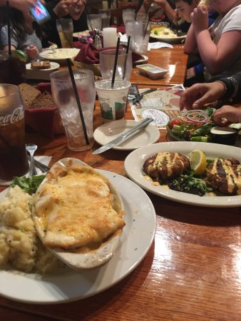Merrimack, NH : The Homestead Restaurant