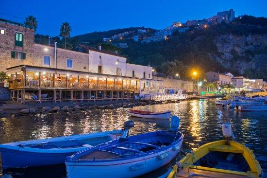 Terrazzo sul mare - Picture of Ristorante Bar Mustafa, Seiano ...