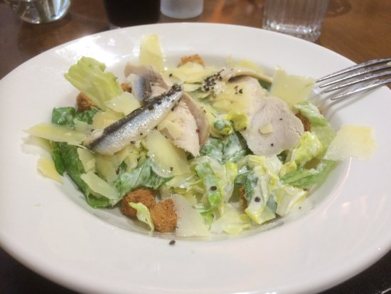 Hadlow, UK: Chicken caesar salad version 2