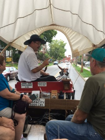 Pioneer Trails Adventures: Ralph giving his personal touch (voice imitations) during a story.