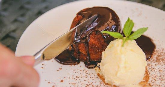 Stonehouse, UK: Chocolate Fondant