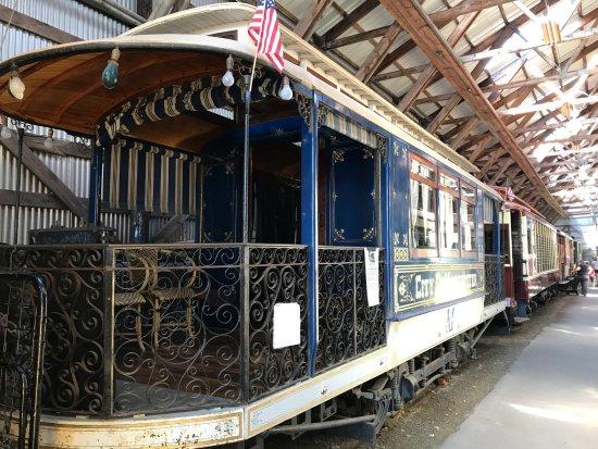 Kennebunkport, ME: Old Trolley