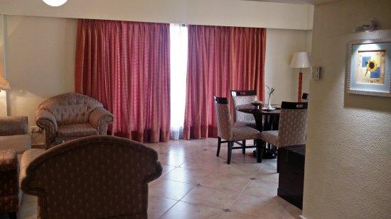 The White Hotels: IMG_20170903_121740_large.jpg
