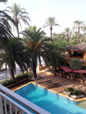 Hotel Solvi : View to (hotel next doors pool)