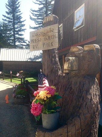 Priest Gulch Campground , RV Park, Cabins & Lodge: Bear