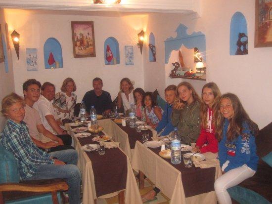 Legnaoui : Famille Espagnol  Diner