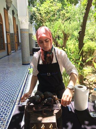 Palais Amani : The chef roasting the eggplants
