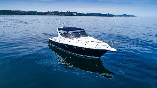 Senigallia, Italy: Noleggio imbarcazione senza conducente fino a 11 posti