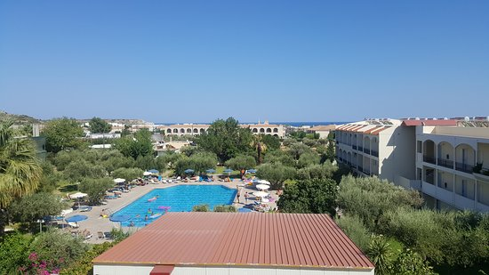 Marianna Palace Hotel: Our morning view for 2 weeks
