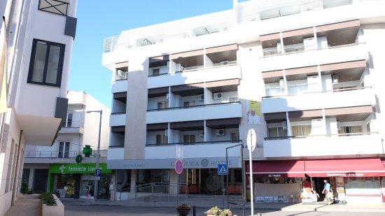 Catolica Hotel: Fachada