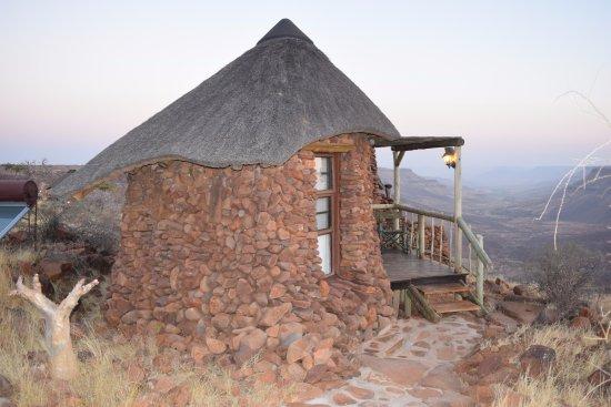 Outjo, Namibia: Bungalow mit Fernsicht