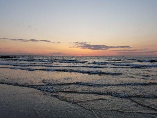 Avon by the Sea, نيو جيرسي: 20170826_061915_large.jpg