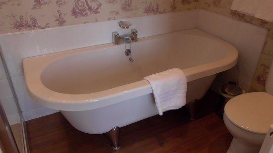 Boat of Garten, UK: Full size bath