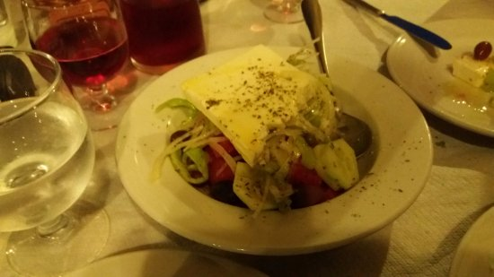 Agios Lavrentios, Yunani: Χωριάτικη σαλάτα
