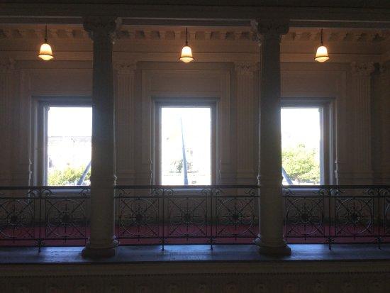 Ateneum Art Museum: Windows in the museum.