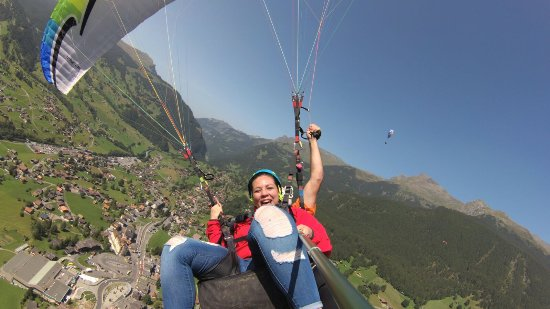 Paragliding Jungfrau照片