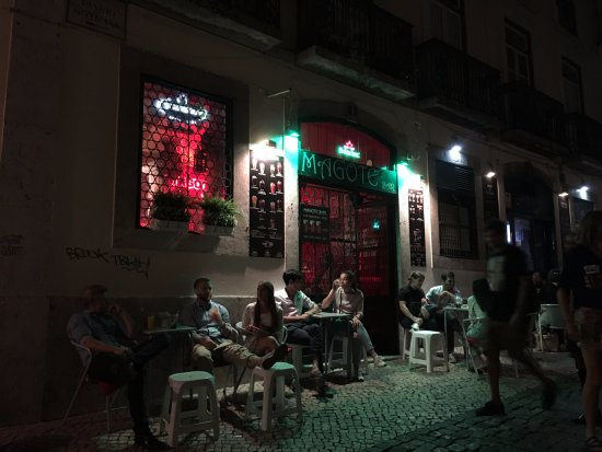 Magote Bar