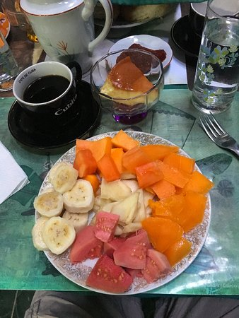 Casa Colonial 1715: Breakfast fruit plate (for each person), eggs and rolls to follow