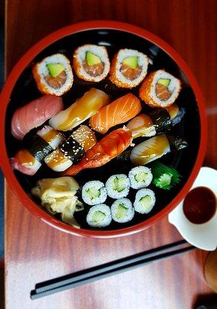 Sushi Bar Dresden : ricky s quan sushi bar dresden restaurant bewertungen ~ A.2002-acura-tl-radio.info Haus und Dekorationen