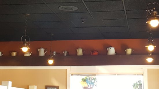 Clearwater, MN : coffee pot decor