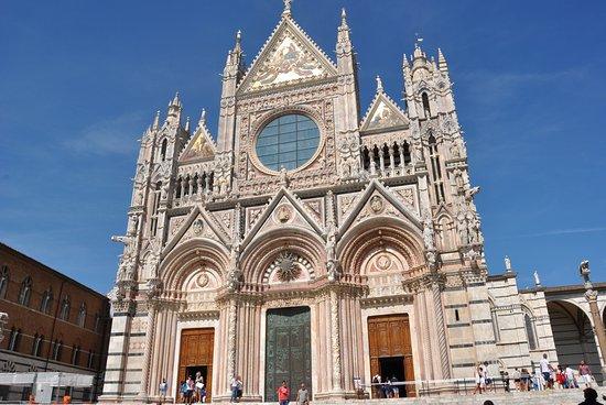 Siena, Italia: Frontal