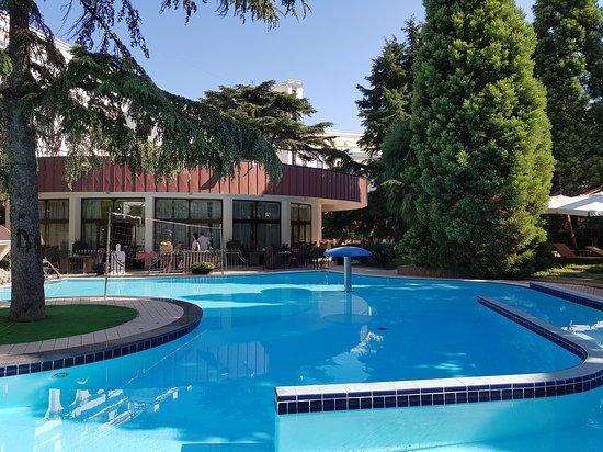 Hotel Oreanda: Супердворик